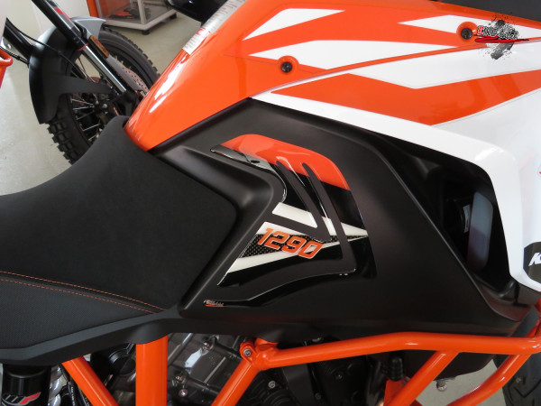 Seitentank-Pad - Carbon Stripes Orange - passend für KTM 1290 Super Adventure R+S