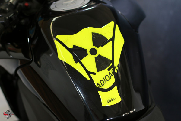 Tankpad Radioactive NEON-Yellow Form 15