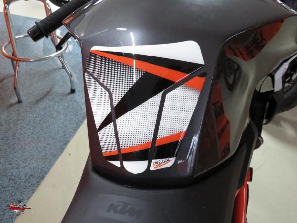 BIKE-label 502574 Tankpad Orange kompatibel für KTM 1290 Super Duke R - bis BJ 2019